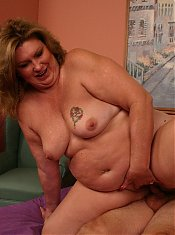 Sexy matured bbw CC takes hard cock shoving in her throat and pussy from her well hung partner