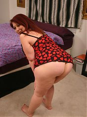 Sexy bbw Nina satisfying her insatiable pussy by taking hard cock shoving from her partner